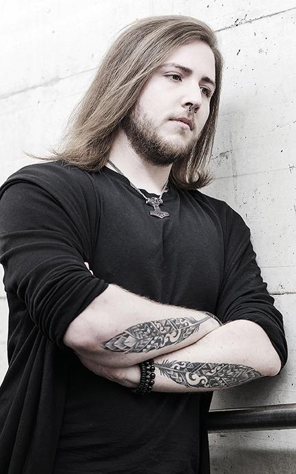 Oliver_Biographie
